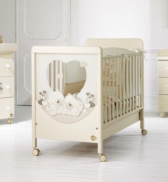Кровать Baby Expert CarezzaКровати<br>Детская кровать Sogno Carezza кремовый<br><br>Цвет: Кремовый<br>Габариты ( В х Ш х Д ), см: 109х71х133