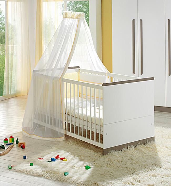 Кровать Geuther Детская кроватка Fely белая с коричневым детская кроватка